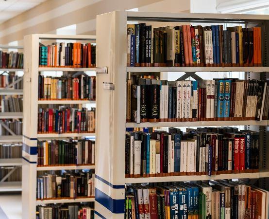 Biblioteka Bytom:  Bitwy, dowódcy, kampanie i tajemnice II wojny światowej. Promocja książki Tomasza Saneckiego